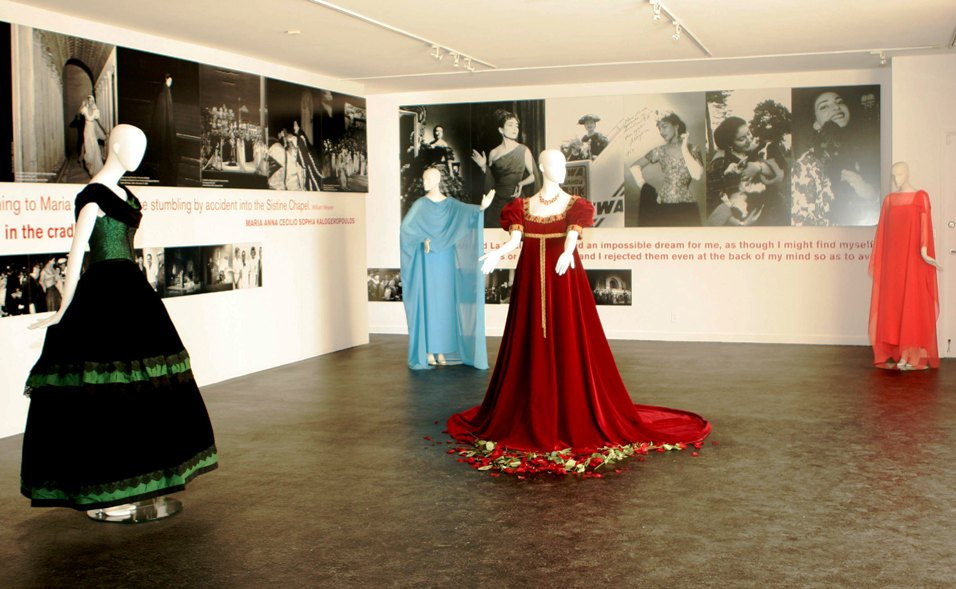 maria-callas-costume-exhibit