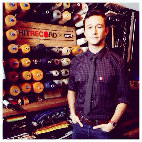 Joseph-Gordon-Levitt- Levis-showroom
