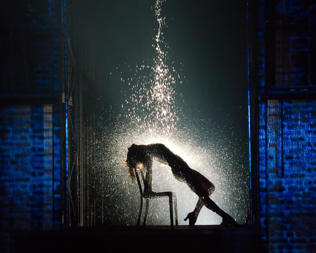 Can you do this! Buy tickets to the Rain Room on sale now and find out!